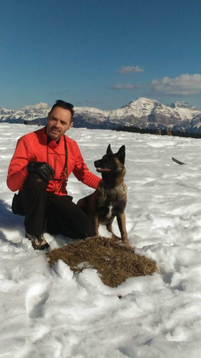 doug-education-malinois-neige